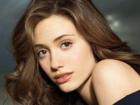1249969-emmy_rossum__actress